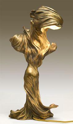 Loïe Fuller - Lamp   [ LJ sez: Just Stunning! ]
