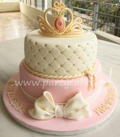 Super baby shower ideas for girls princess cake Ideas - Cake Decorating Writing Ideen Baby Cakes, Girl Cakes, Baby Shower Cakes, Pretty Cakes, Cute Cakes, Beautiful Cakes, Amazing Cakes, Fondant Cakes, Cupcake Cakes