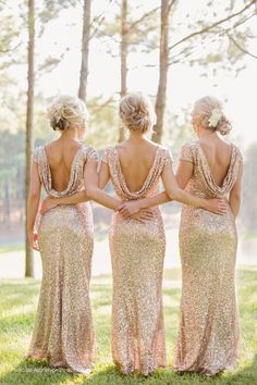 Sparkly and Glittery Gold Bridesmaid Dresses | Archetype Studio Inc | http://styleunveiled.com/glitter-wedding-details/