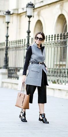 New Cheap Michael Kors Online UK Pebbled Large Khaki Shoulder Bags Outlet With 72% Off Discounts Sale.