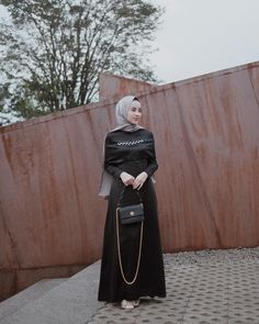 Image may contain: 1 person, standing Modern Hijab Fashion, Batik Fashion, Hijab Fashion Inspiration, Muslim Fashion, Dress Brokat Modern, Kebaya Modern Dress, Hijab Gown, Hijab Dress Party, Kebaya Muslim