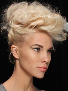 How-to: Badgley Mischka S/S '12 hair: http://beautyeditor.ca/2012/05/22/how-to-badgley-mischka-ss-12-hair/