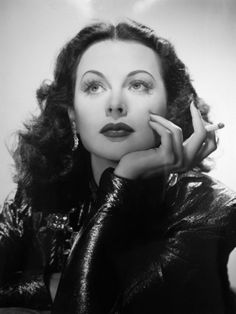 Hedy Lamarr, 1940s. Black and white photos of beautiful women, celebrities