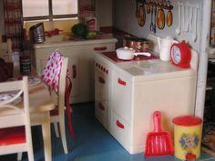 Tin Litho Dollhouse Scale