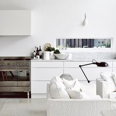 """silver-blonde: """" via whitelivingetc """" Dining Room Design, Kitchen Design, Kitchen Ideas, Living Room Decor, Living Spaces, Cosy Room, Sofas, Home And Living, Modern Living"""
