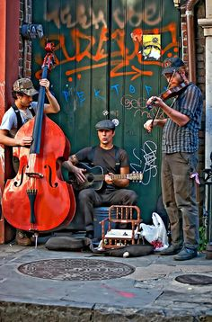 ♫♪ Music ♪♫ New Orleans Street Musicians.