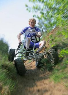 Pedal Powered Four Wheel Drive SUV Invented in Germany : TreeHugger
