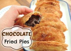 Chocolate Fried Pies from SouthernPlate--My mom used to make these when I was a little girl for breakfast. Fried Pies from SouthernPlate--My mom used to make these when I was a little girl for breakfast. Snack Recipes, Dessert Recipes, Cooking Recipes, Snacks, Easy Recipes, Pie Recipes, Sweet Recipes, Köstliche Desserts, Gastronomia