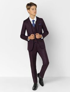 Shop for burgundy wedding suit 'Jasper' at Roco Kids Wedding Suits, Wedding Outfit For Boys, Wedding Outfits, Young Boys Fashion, Teen Boy Fashion, Burgundy Suit, Blue Suit Men, Boys Dress Outfits, Outfits For Teens