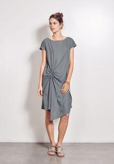 https://www.hush-uk.com/daywear/all/new_york_dress_blue_slate.htm