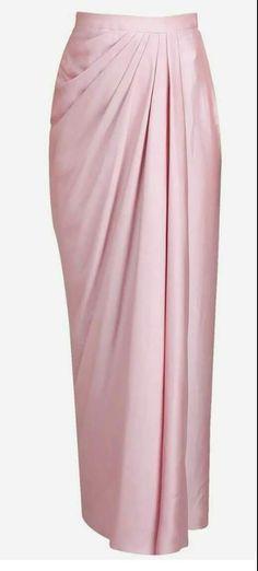 Skirt Long Indian Clothing 28 Ideas For 2019 Kebaya Modern Hijab, Traditional Dresses Designs, Myanmar Dress Design, Hijab Fashion, Fashion Outfits, Model Kebaya, Kebaya Dress, Long Skirt Outfits, Myanmar Traditional Dress