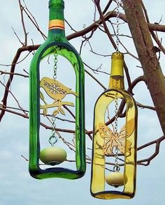 Cut any glass bottle at home using Dremel reuse recycle glassbottleart glass .Cut any glass bottle at home using Dremel reuse recycle glassbottleart glass . bottle cut Materials that you can reuse that you Old Glass Bottles, Recycled Wine Bottles, Glass Bottle Crafts, Wine Bottle Art, Diy Bottle, Diy Projects Glass Bottles, Wine Bottle Cutting, Cut Bottles, Cutting Glass Bottles
