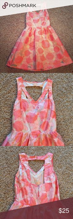Lush Dress Beautiful dress! Only wore once to the race track! Lush Dresses Mini