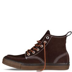 Chuck Taylor Classic Boot in Chocolate.