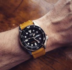 """Still looking to find another piece of this amazing leather """"Sunbeam"""" #greenstraps #seiko #seikodivers #leathers #addsomecolorinyourlife  #handmade #yellow #prospex  #stitching #manmade #セイコー #フリードム #skx013 #diverswatch #pictoftheday #watchesofinstagram #watchporn #isodiver #iconicdivers #wus #scwf"""