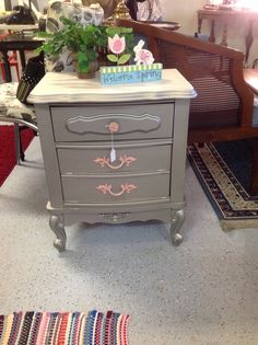 Nightstand painted silver with pink accents, like it?