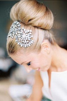 Top ten romantic bridal accessories Rhinestone Headband www.blovedweddings.com