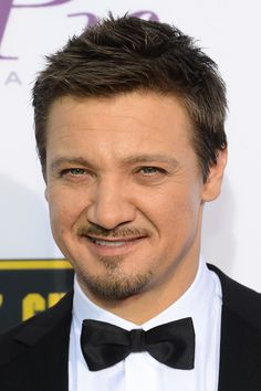 Jeremy Renner attends the 19th Annual Critics' Choice Movie Awards at Barker Hangar on January 16, 2014 in Santa Monica, California.