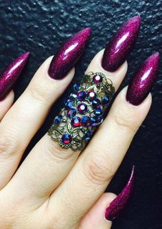 In seek out some nail designs and ideas for your nails? Here's our list of must-try coffin acrylic nails for trendy women. Sexy Nails, Glam Nails, Hot Nails, Stiletto Nails, Beauty Nails, Hair And Nails, Coffin Nails, Pointed Nails, Fall Acrylic Nails