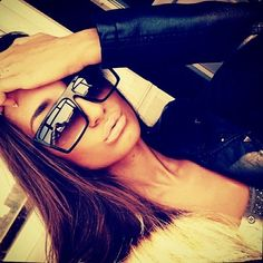 Sunglasses  need to try a new sunglass look! this looks super cute! The original Ray Ban aviator in Black