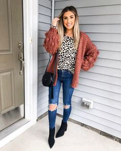 Shop Your Screenshots™ with LIKEtoKNOW.it, a shopping discovery app that allows you to instantly shop your favorite influencer pics across social media and the mobile web. Preppy Southern, Dress To Impress, Hot Girls, Dressing, Cute Outfits, Plaid, My Style, Pants, Jackets