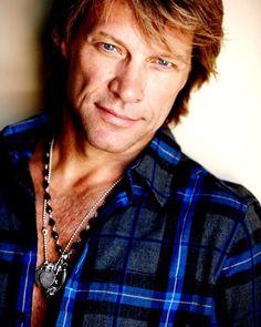 Jon Bon Jovi is an American singer-songwriter, record producer, philanthropist, and actor Jon Bon Jovi, Hot Men, Sexy Men, Hot Guys, Mick Jagger, Beautiful Men, Beautiful People, Bon Jovi Always, Poses