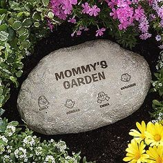 This personalized Family Garden Stone is so cool! You can have it engraved with any 2 lines at the top and then you can create a character for each of your family members ... great Mother's Day gift idea to make for Mom or Grandma with all the kids or grandkids on it! #Mom #MothersDay