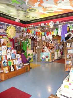 Reading Reptile | The 14 Absolute Best U.S. Kids' Bookstores (As Chosen By Teachers)