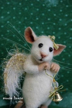 Angel Figurine Mouse with Wings Needle Felted Mouse Felted