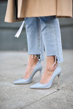 Baby Blue Heels // pinterest : ashshila