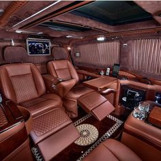 V Wagon Interior--> Luxury lifestyle inspirations for your luxury interior design project. Wealthy Lifestyle, Luxury Lifestyle Women, Billionaire Lifestyle, Rich Lifestyle, Lifestyle News, Photographie New York, Jet Privé, Luxury Van, Luxury Interior