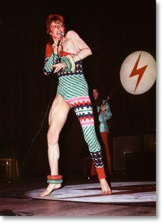 Mick Rock. David Bowie in Kansai Yamamoto Leotard, 1973. TASCHEN Books