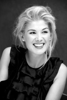 Rosamund Pike, she's so innocent and GORGEOUS