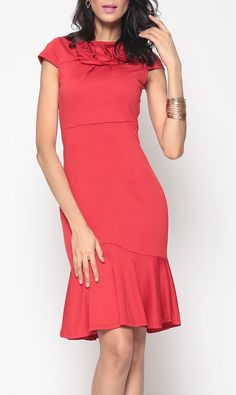 Brilliant Cowl Neck Mermaid Plain Bodycon-dress in a beautiful red