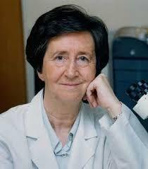 Margarita Salas es una bioquímica española. Salas se licenció en Ciencias Químicas por la Universidad Complutense de Madrid y ha publicado más de 200 trabajos científicos.