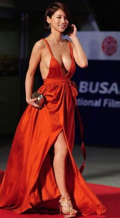 oh in hye 30 The Red Dress Found: Oh In Hye (31 Photos)