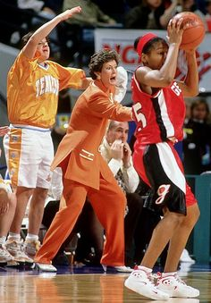 cb15e17fe140883629a66d24527846ee pat summitt basketball photos we back pat t shirts in support of coach pat summit who has the