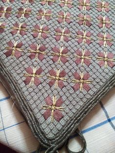 Beaded Embroidery, Embroidery Designs, Diy And Crafts, Cross Stitch, Detail, Costa, Stitches, Ebay, Straight Stitch