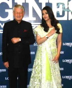 Ash wears 'lehenga' at wristwear boutique launch http://ndtv.in/13PkaOG