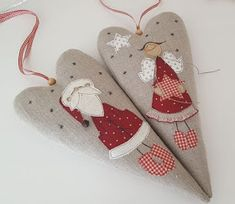"Милые сердцу штучки: ""Рукодельные сердечки"" Christmas Decorations Sewing, Fabric Christmas Ornaments, Christmas Sewing, Christmas Mood, Christmas Makes, Handmade Christmas, Christmas Crafts, Freehand Machine Embroidery, Free Motion Embroidery"