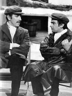 ♠ EAR,, DID U KNOW. Peter Cook and Dudley Moore. These two were just hilarious together especially in their 'Pete n Dud' sketches. Some of their 'lost' TV work was discovered recently among Bob Monkhouse's massive media collection. Comedy Actors, Actors & Actresses, Comedy Duos, British Comedy, British Actors, Classic Comedies, Vintage Television, Uk Tv, Vintage Tv