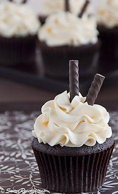 Dark Chocolate Peppermint Cupcakes http://sweetrevelations.wordpress.com/
