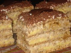 Prajitura Egipteana Romanian Desserts, Romanian Recipes, No Bake Desserts, Dessert Recipes, Romania Food, Hungarian Cake, Food Wishes, Christmas Sweets, Something Sweet