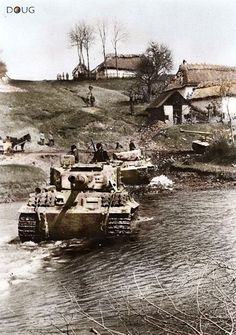 "Panzer VI ""Tiger"" à Ternopil.  Ukraine.  Avril 1944."