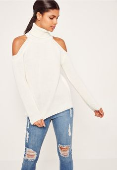 Unleash some cold play into your knit game in this ivory jumper - featuring cosy chunky knit and a cold shoulder style.