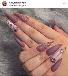 Jolie nail art, fancy nails, bling stiletto nails, sexy nails, nails on fle Bling Stiletto Nails, Sexy Nails, Fancy Nails, Love Nails, Perfect Nails, Gorgeous Nails, Pretty Nails, Jolie Nail Art, Matte Nail Art