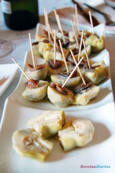 Receta de Corazones de alcachofas con anchoas de dificultad Muy fácil para 4 personas lista en 10 minutos.