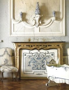 The Blue Room at the Castle of Guarene features a blue and white scheme. Rustic Elegance, Rustic Style, Living Room Decor, Bedroom Decor, French Rococo, Fireplace Mantels, Fireplaces, Beautiful Interiors, French Interiors