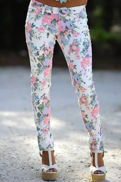 Floral Skinny Jeans #Jeans #Pants #Fashion