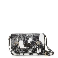 Kate Spade exclusive Japanese floral scout. I really want this purse;)